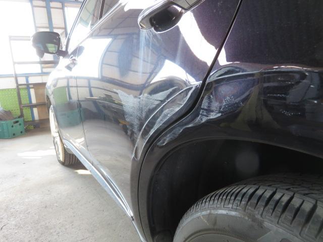 トヨタ ハリアー リヤドア リヤフェンダー 傷 凹み 板金塗装修理 小諸市