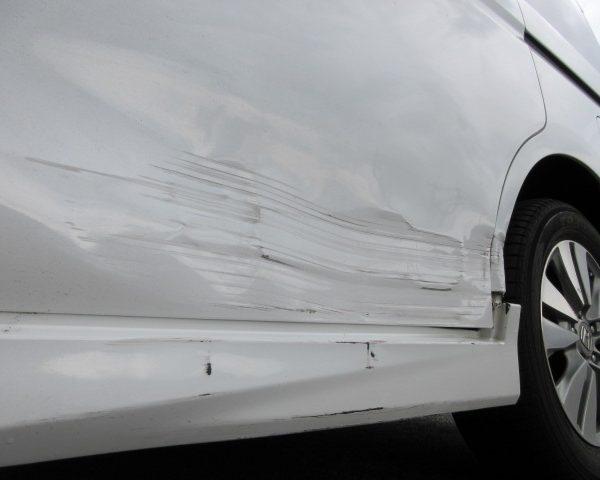 ステップワゴン スパーダ 保険 車両 上田 小諸 東御 佐久 板金 鈑金 塗装 安い 早い 代車 料金 費用