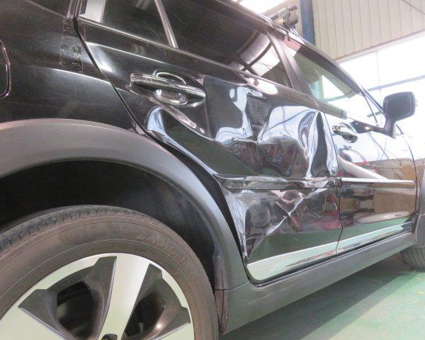 スバル XV  ドア ヘコミ キズ 修理 板金 塗装 東御 上田 小諸 佐久 仕上がり 評判 評価